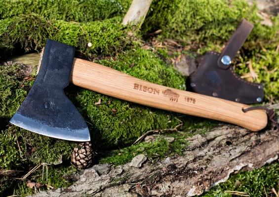 Bison1879-hunting-hatchet-image